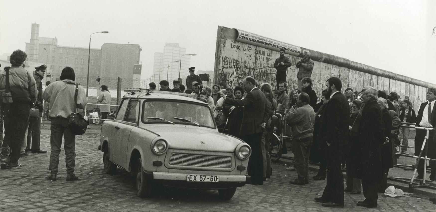 Marion Messina, Fan delle Trabant su Postdamer Platz,1989